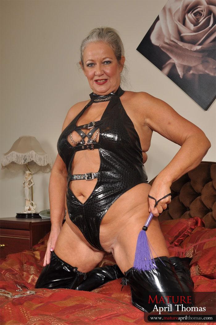 Busty mature mistress videos